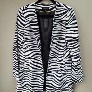 Talbots Jacket Blazer Long Snap Front Sz 10 B & W